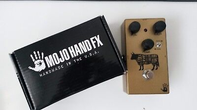 Mojo Hand FX Sacred Cow Overdrive (Gold Klon Style)