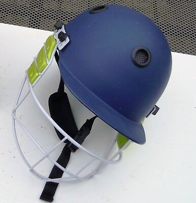 Cricket Helmet And Face Guard Junior  58 Cm,s Kookaburra