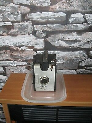 Hanimex Eaglet Box Camera..vintage..