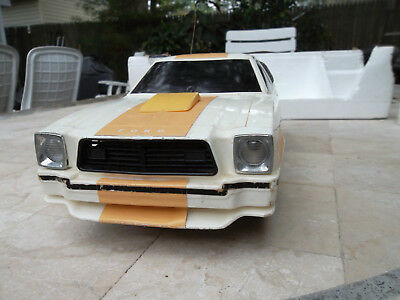 Vintage Latrax 1978 Ford Mustang Ii Cobra Radio Controlled Car 1/12 Scale Model