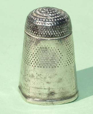 EARLY 18th CENTURY SILVER 2 PART THIMBLE SEPARATELY  APPLIED TOP