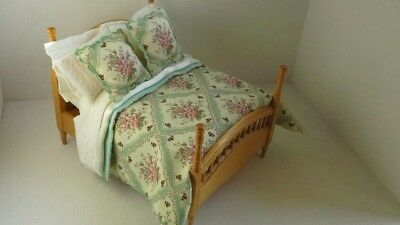 1/12th Scale Miniature Dolls House Double Bed Set