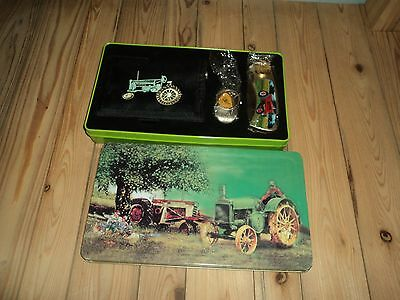 John Deere Wallet Knife Key Chain Collector Set In Tin Case NEW