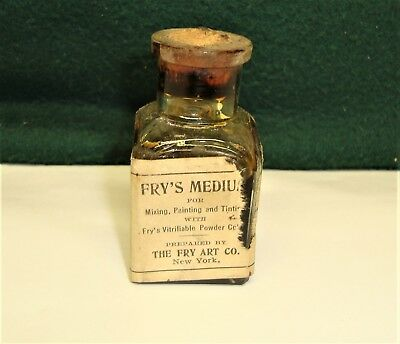 "Vintage Bottle ""The Fry Art Co"". Fry's Medium. For Mixing, Painting and Tinting"
