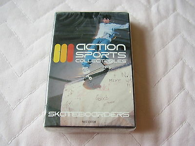 ACTION SPORTS COLLECTABLES SKATEBORDERS 1st EDITION ~ SEALED TRADING CARDS