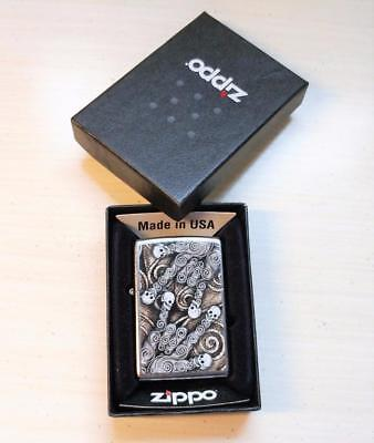 New Zippo Skulls Lighter w/ Box ~ 7-F6098