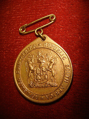 Vintage Medallion Commemorating Formation Of The Republic Of South Africa 1961