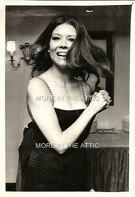 Rare Sexy One Of A Kind Diana Rigg Of Avengers Fame At Age 29 Candid #5