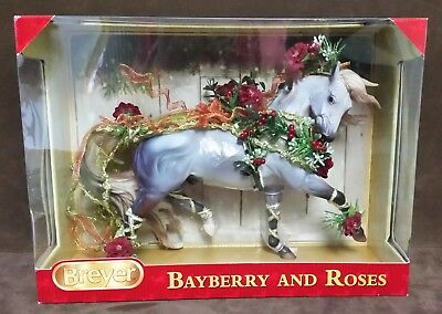 Breyer - 2014 Holiday Horse - Bayberry and Roses