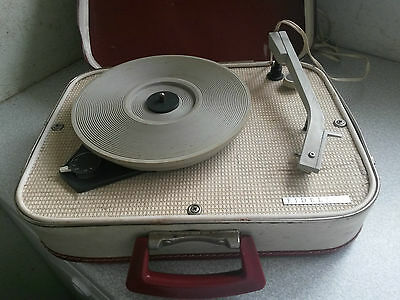 Retro Fidelity -H.f 31 Suitcase  - Portable Record Player -Working Needs Service