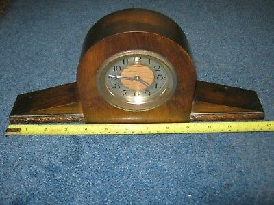 Vintage Working Wind Up Mantel Clock With Wooden Case.
