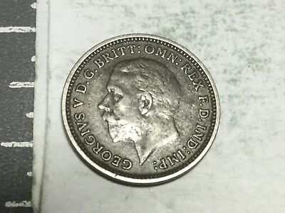 GREAT BRITAIN 1933 three pence small silver coin very nice condition