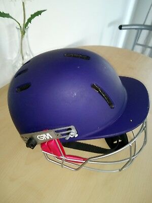 Gm Junior Cricket Helmet. 54-59 Cm.