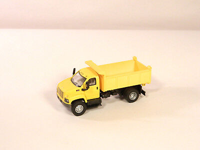 HO 1:87 Plastic Vehicle 2003 GMC TOPKICK DUMP TRUCK Yellow Unlettered