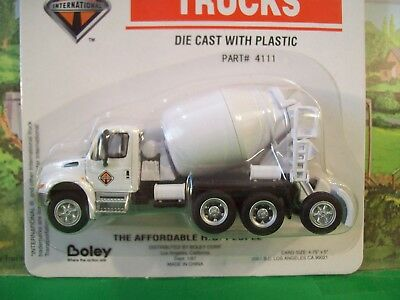 HO (1:87th) Scale Boley International 4-Axle Cement MIxer - #4111-77 - New!