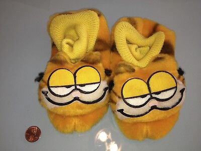 1981 Vintage GARFIELD toddler / kids size med.( 7-8 ) SLIPPERS new & unused RARE