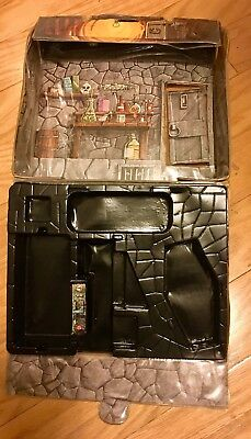 MONSTER PLAY CASE Universal Remco 1980 Playset Mansion Mini * Extras * HALLOWEEN