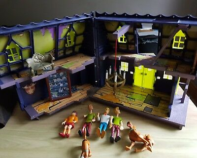 SCOOBY DOO haunted mansion play set