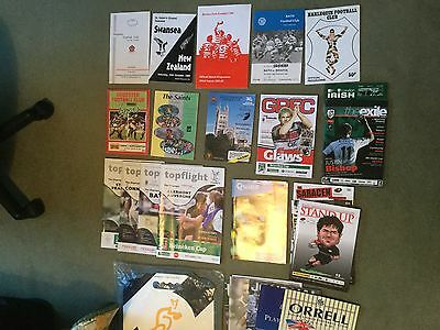 Collection of 26 RFU Club rugby programmes and associated items.