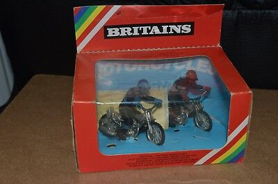 Vintage Britains Deetail No. 9684 2 Speedway Motorcycles - Blue & Red - Boxed