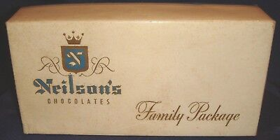 SE268 Vtg William Neilson Ltd Chocolates Family Package 1 Lb Box Toronto ON