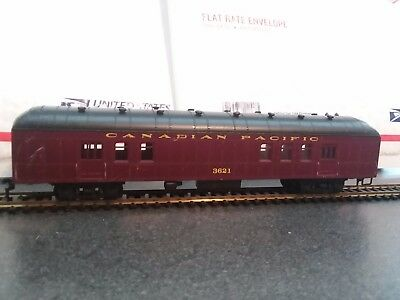 Canadian Pacific Passenger Car - HO scale
