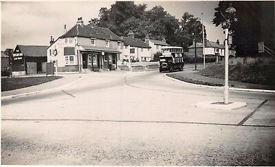 Surrey Ewell Corner The Organ Inn Pub & Motor Bus On Road Photo Card