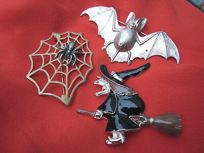 Vintage lot of 3 quirky brooches witch bat spider web spooky Halloween