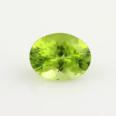 1.96ct lose Peridot Edelstein - oval grün facettiert Original 8.96mm x 6.95mm