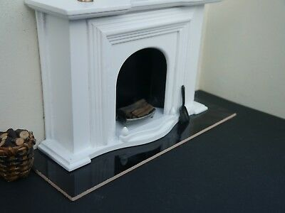 Black Ceramic 1:12th Scale Miniature / Dolls House Fireplace Hearth
