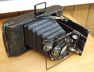 Vintage Voigtlander Bergheil Compur Camera In Leather Case Good Condition