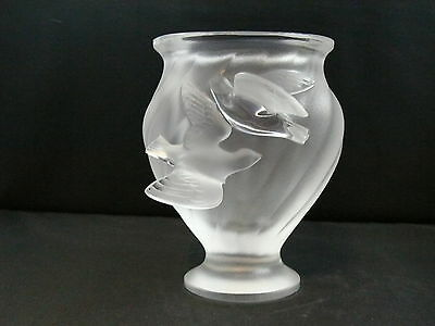 """Lalique frosted crystal vase in the """" Rosine"""""""