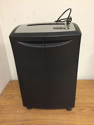 Officemax Paper Shredder Om01288 Strip Type Used Working Free Shipping