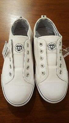 Next Direct girls white slip-on canvas shoes size 1 UK  33 EU us 2 New with tags