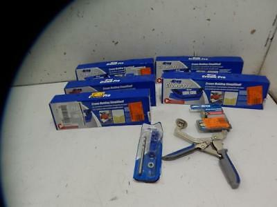 Mixed Lot of Kreg Crown Molding Kit & Wood Project Clamp736705I17