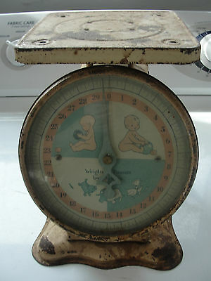 Vintage,great graphics old baby scale, original covered dial, metal