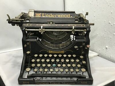 BEAUTIFUL ANTIQUE VINTAGE UNDERWOOD Typewriter No 4