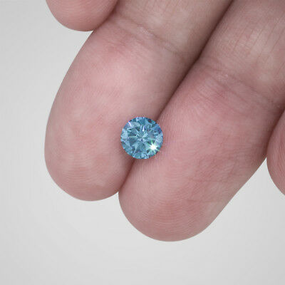 0.90 Carat Weight Round Cut Fancy Sky Blue VS2 Enhanced Loose Diamond For Ring