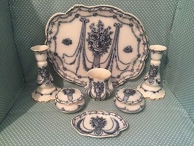 Beautiful antique Keeling & Co Hythe pattern dressing table set.Pattern no.2214.