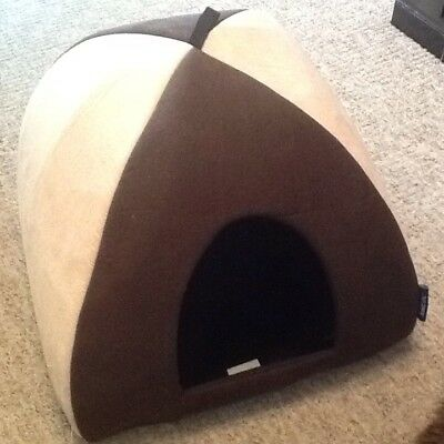 Cat Igloo bed With Fluffy Removable Cushion