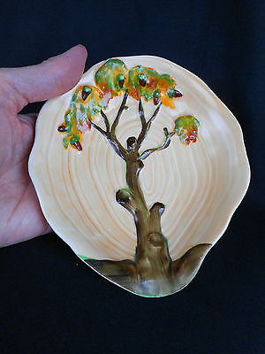 """Carlton Ware """"oak Tree"""" Pattern Dish  ~  In Excellent  Condition Look !"""
