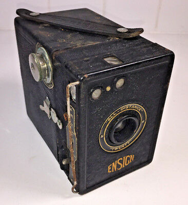 Ross Ensign All Distance Twenty box camera 120 rollfilm from 1920s, with case