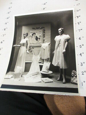 orig photo 1940s IA women clothing store display window MOTHER'S DAY lingerie 8