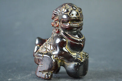 China Collectible Exquisite horn carving kylin play ball wonderful Statue