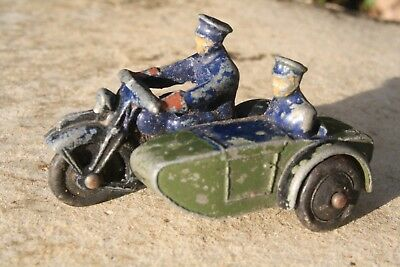 DINKY 42b POLICE MOTORCYCLE PATROL good condition 1940s