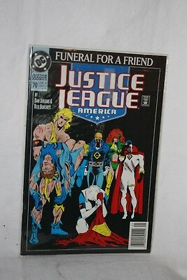 D C Comics Justice League America #70 Jan 93 Funeral for a Friend Sleeved
