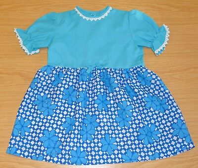 VINTAGE UNWORN 1970's GIRLS TURQUOISE & WHITE FLORAL PATTERNED DRESS 4-5 YEARS