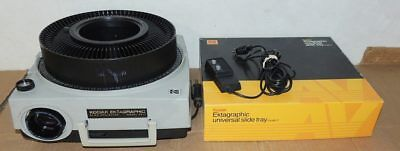 Kodak Ektagraphic Af-1 Slide Projector With Trays Lens Carousel Auto Focus
