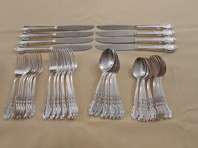 "Wm Rogers ""moonlight"" ""royal Victorian"" Silver Plated Dinner Set - Service For 8"