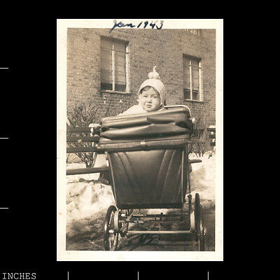 Old Vintage Photo BABY IN STROLLER CARRIAGE PRAM SNOW WINTER SCENE 1943